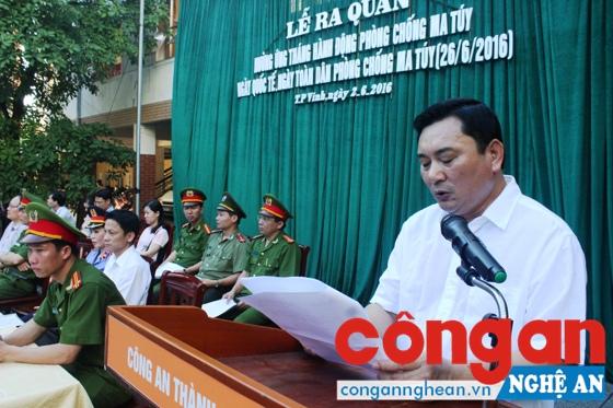 Lãnh đạo UBND TP Vinh phát biểu tại lễ phát động phòng, chống ma túy tại CA TP Vinh