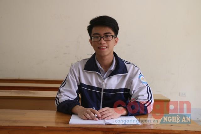 Em Tôn Lương Bảo  (lớp 12C3, Trường THPT chuyên Phan Bội Châu)