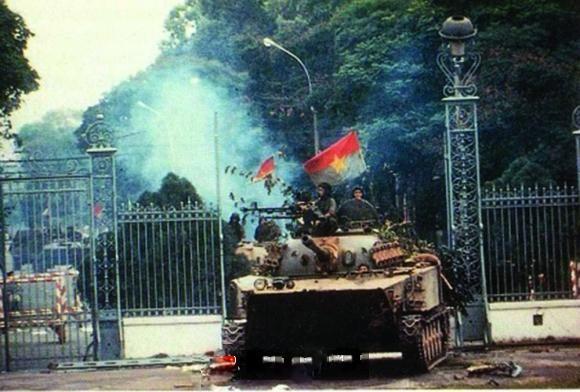 Chiến thắng 30/4/1975 - mốc son chói lọi trong lịch sử dân tộc